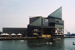 Baltimore: National Aquarium, inner Harbor