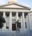 Norfolk: City Hall, MacArthur Memorial